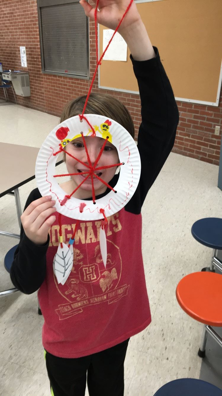 Paper Plate Dream Catcher Riley 2