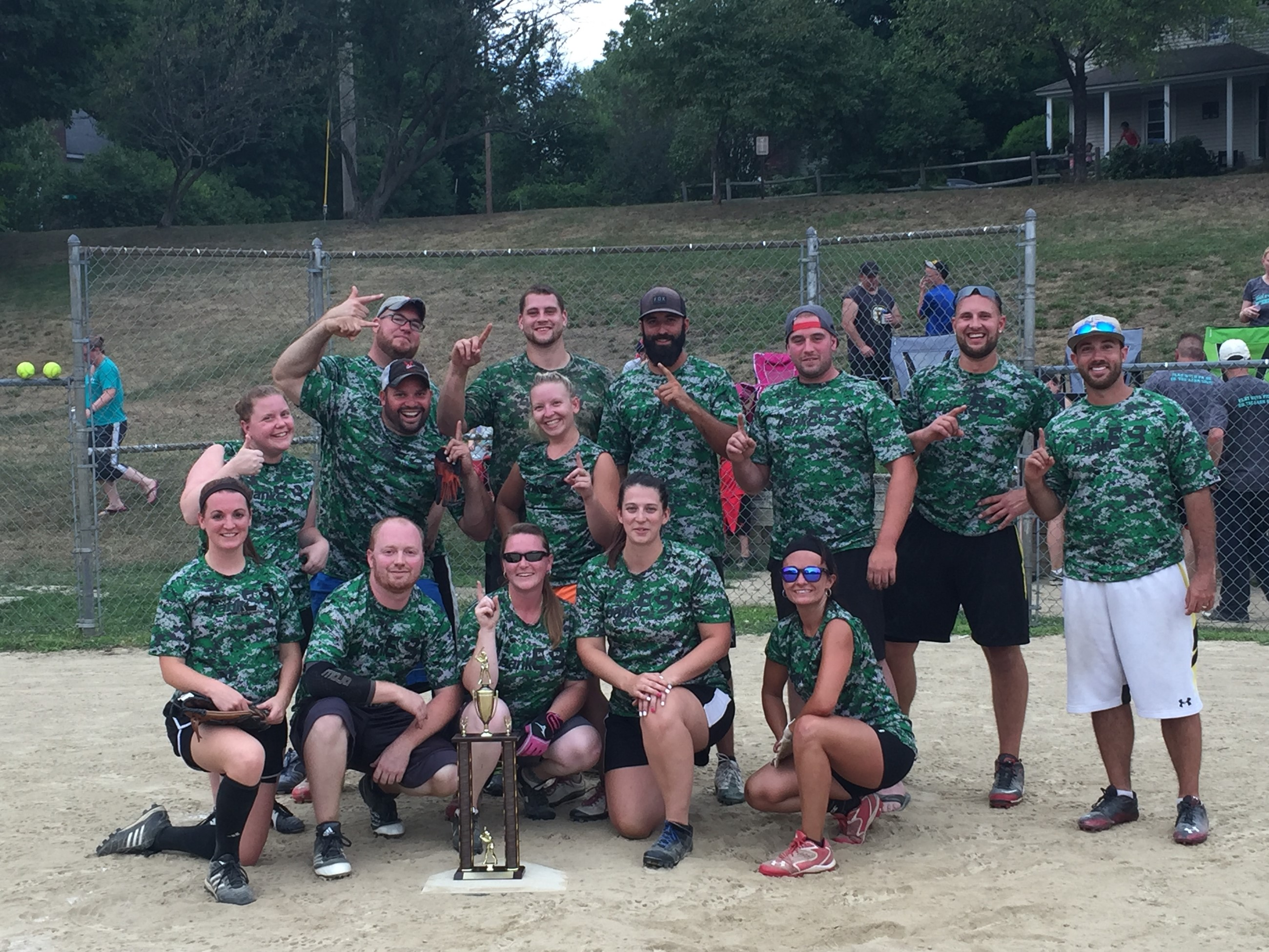 Picture of 2016 Coed Champs.jpg