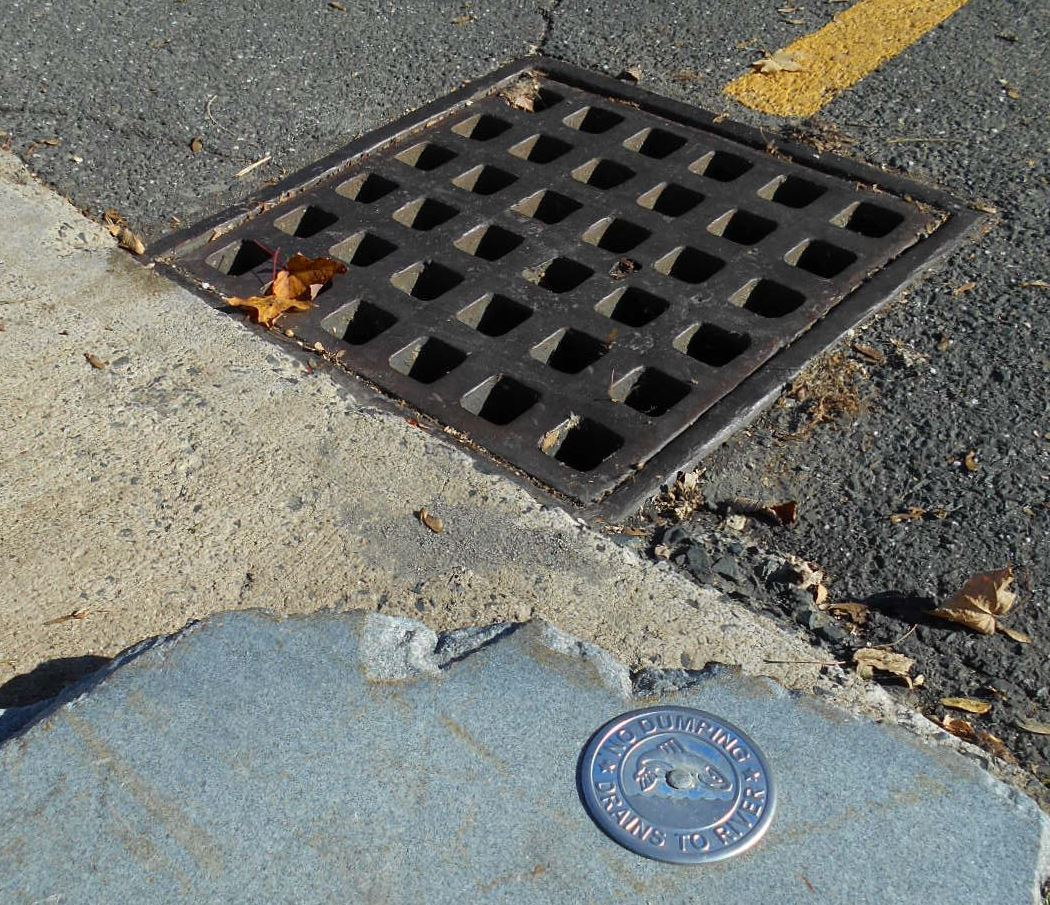Image of catch basin & drain label
